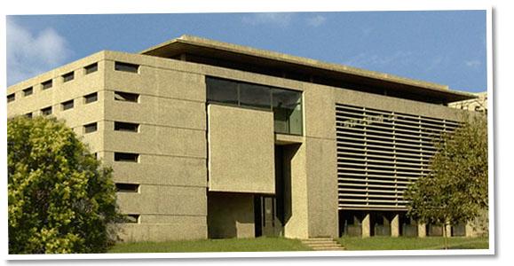 Bâtiment Charles Renouvier - Centre de Langues Étrangères et Régionales