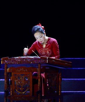 Artistes de la troupe de spectacle traditionnel du Sichuan